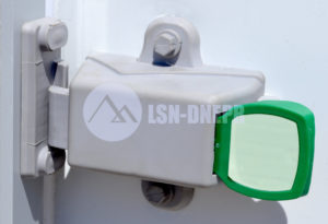 Фурнитура для холодильных дверей и камерФурнитура для холодильных дверей и камер