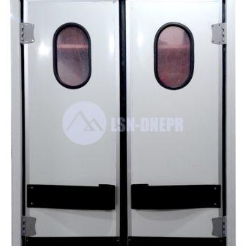 Двери холодильные с маятниковым завесом