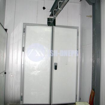 Холодильные маятниковые двери