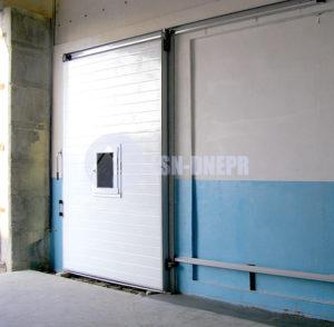 Двери холодильные откатные